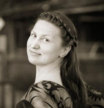 Елена Топалова