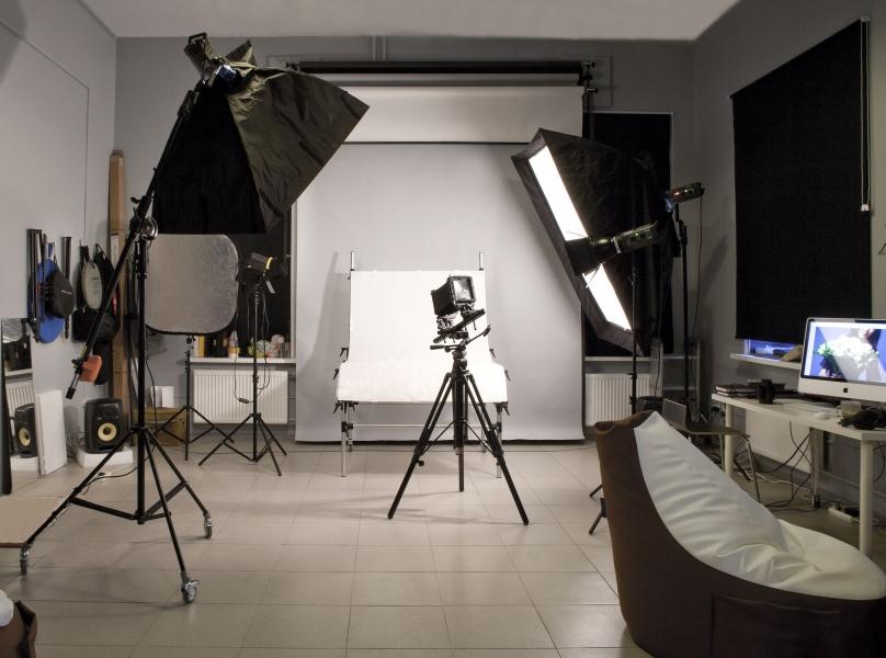 Сделать профессиональные фотографии в студии