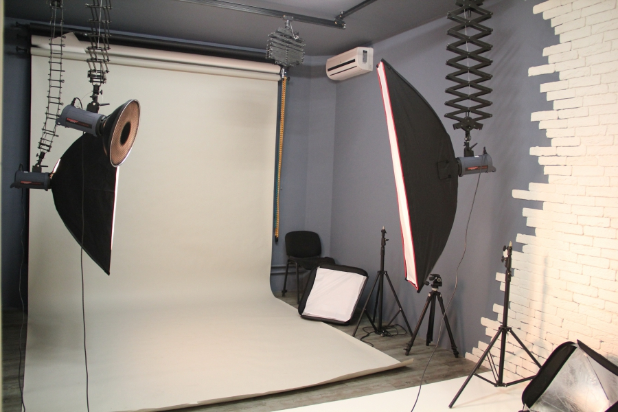 ней живым как делаются стены в фотостудии катер для